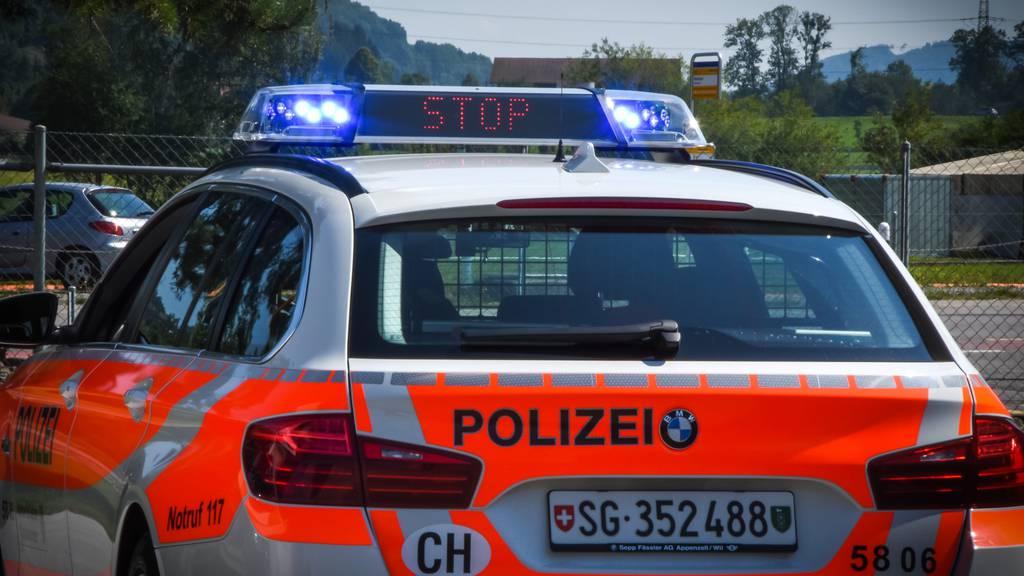 Auto-Poser angezeigt – zwei Fahrzeuge aus dem Verkehr genommen