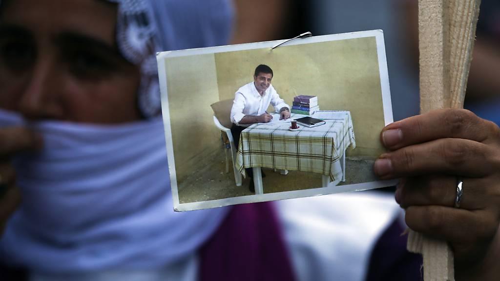 Türkisches Gericht lehnt Demirtas' Antrag auf Freilassung ab