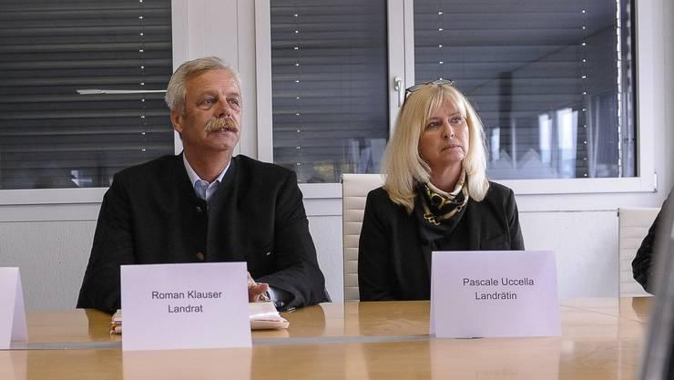 «Von ein paar Lausbuben lassen wir uns nicht zermürben»: Pascale Uccella will Landrätin bleiben, ebenso ihr Vater Roman Klauser.
