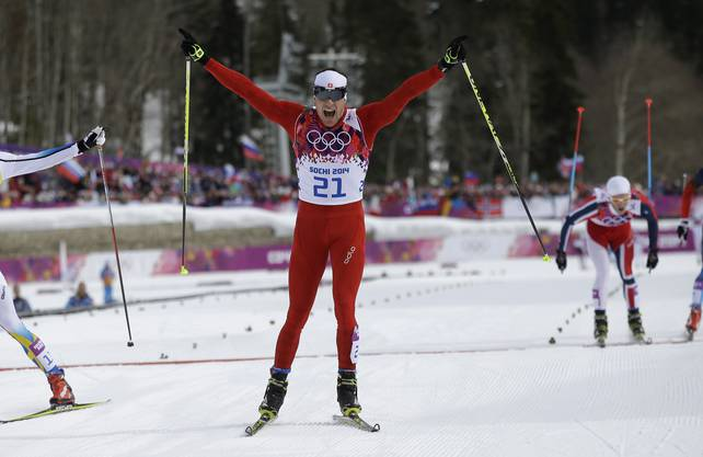 Geschafft: Dario Cologna gewinnt im Skiathlon