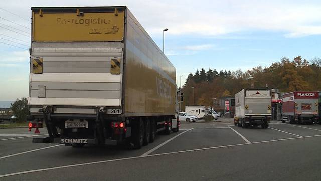 Nach dem tödlichen LKW-Unfall bei Giezendanner: Das sagen die Chauffeure, das fordert die Gewerkschaft
