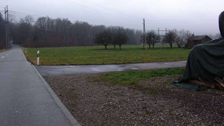 An dieser Stelle soll dereinst der Neubau des Uitiker Werkhofs zu stehen kommen. Bereits im November 2015 könnte der Gemeindeversammlung einen Kredit unterbreitet werden.