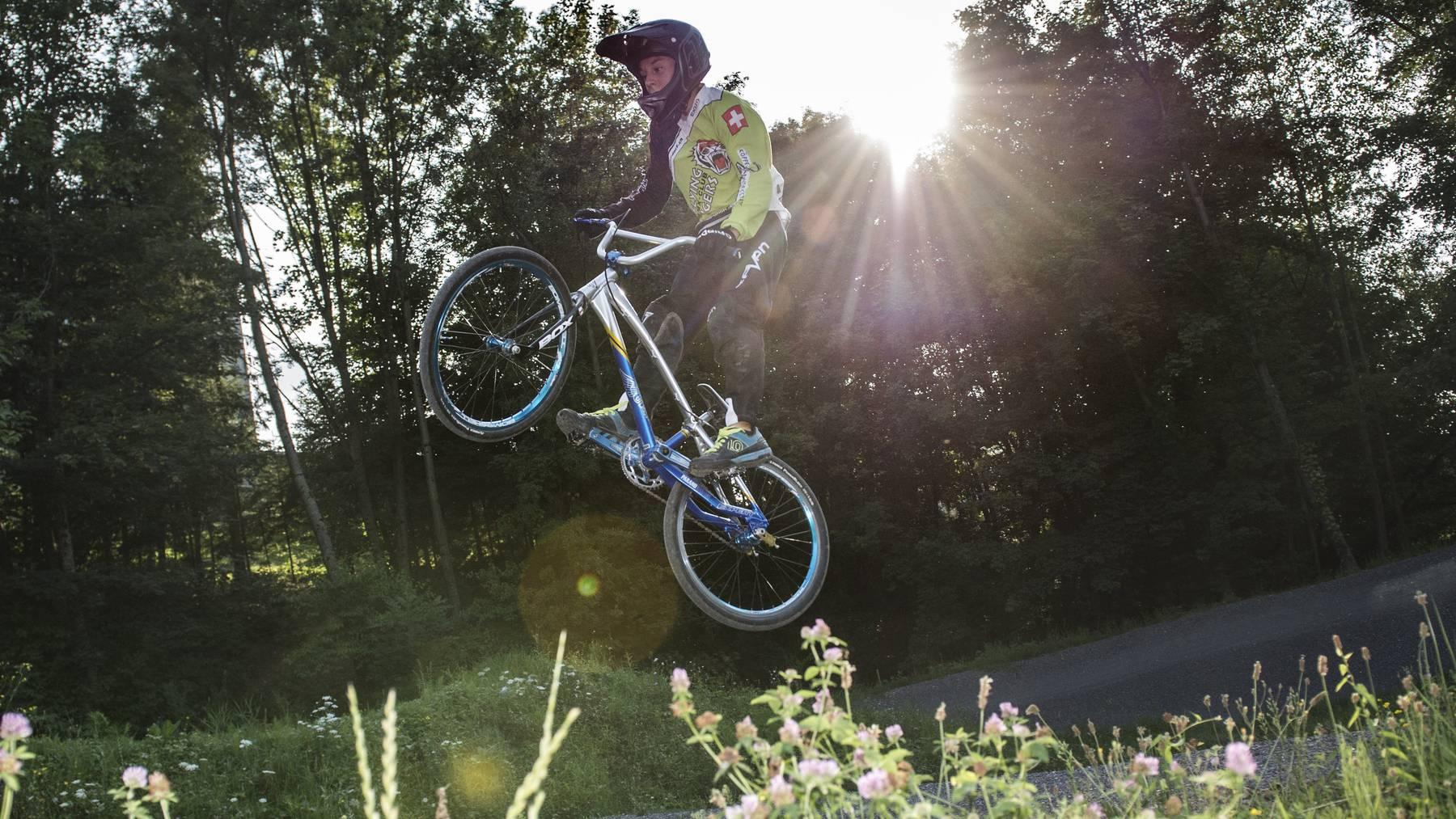 Die Flying Tigers trainierten die letzten Monate auf der BMX-Bahn der Bike Hunters im st. gallischen Goldach, doch jetzt haben sie wieder ihren eigenen Kurs in Weinfelden