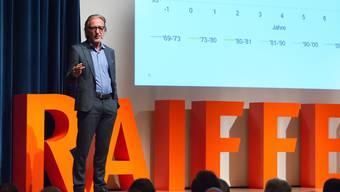 Führte durch die Weltwirtschaft: Martin Neff, Chefökonom Raiffeisen Gruppe.