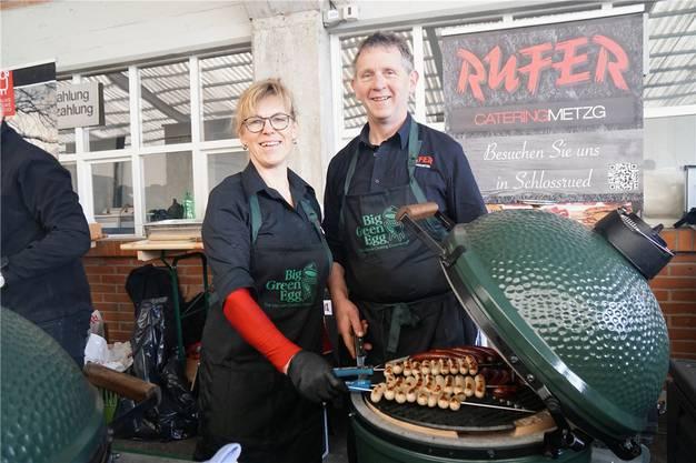 Freunde des Eis: Barbara und Werner Rufer grillieren gerne auf dem «Big Green Egg».