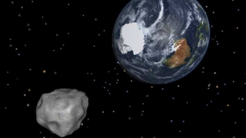 Asteroide treffen in unregelmässigen Abständen auf die Erde und nicht wie oft vermutet in periodischen Zyklen. (Archivbild)