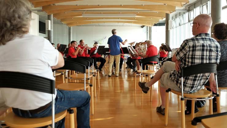 «Machmit!»-Konzert in der Bibliothek Gretzenbach.