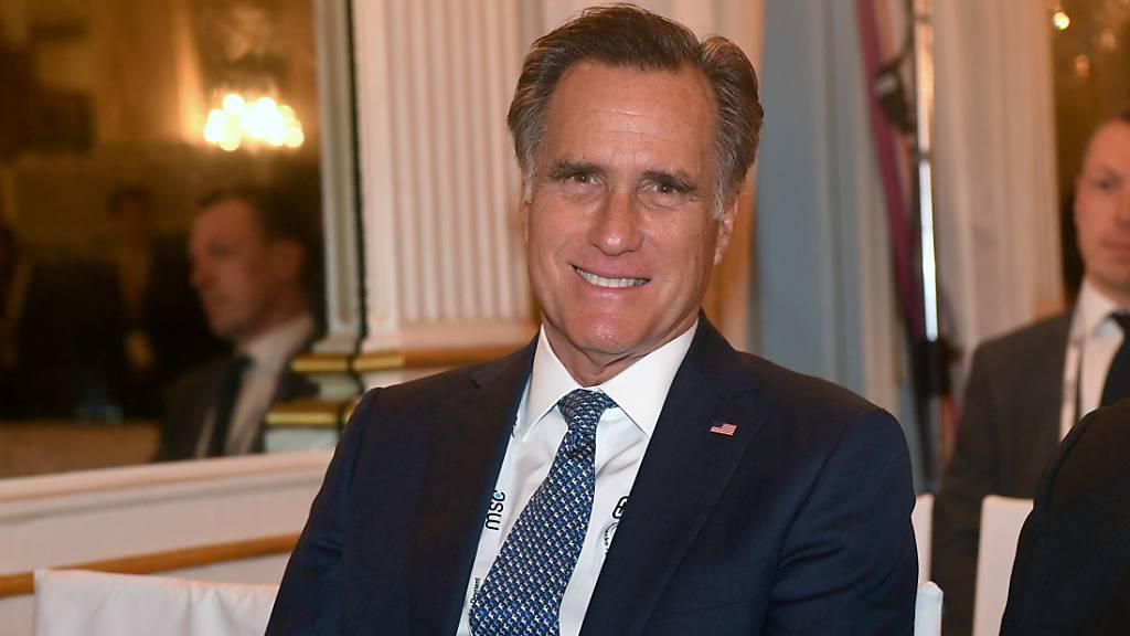 ARCHIV - Mitt Romney, ehemaliger republikanischer Präsidentschaftskandidat, hat scharfe Kritik an den Betrugsvorwürfen von US-Präsident Donald Trump bei der Wahl in den USA geübt. Foto: Felix Hörhager/dpa