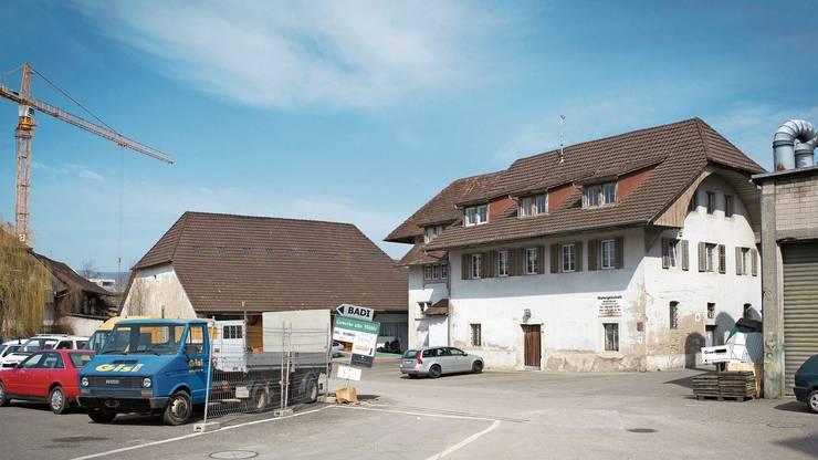 Die alte Mühle (rechts) ist das einzige Gebäude, das dem Areal erhalten bleibt.