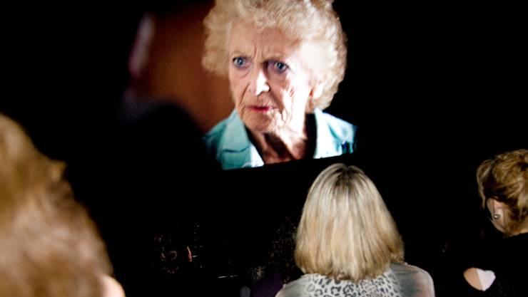 Der verstorbenen Stephanie Glaser (Szene aus «May») wurde gestern Morgen in der Reithalle in Solothurn ein Extra-Filmblock gewidmet.  hjs Der verstorbenen Stephanie Glaser (Szene aus «May») wurde gestern Morgen in der Reithalle in Solothurn ein Extra-Filmblock gewidmet.  hjs Der verstorbenen Stephanie Glaser (Szene aus «May») wurde gestern Morgen in der Reithalle in Solothurn ein Extra-Filmblock gewidmet. (hjs)