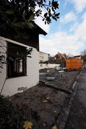 Um Platz zu schaffen, musste zuerst das ehemalige Restaurant Bahnstübli abgerissen werden