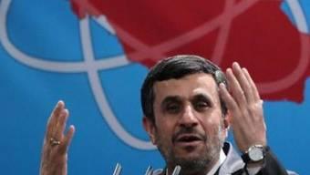 Mahmud Ahmadinedschad droht bei der zweiten Runde der Parlamentswahl eine weitere Schlappe (Archiv)