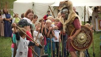 Am Römerfest in Augusta Raurica kann man die Lebenswelt der Alten Römer hautnah miterleben.