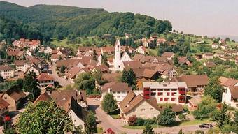 Das Dorfzentrum der Fricktaler Gemeinde Zeiningen. – Foto: gk