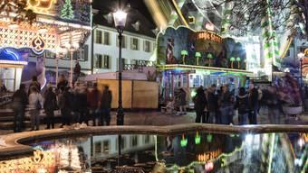 «Der Münsterplatz wird romantisiert und als Ort der Ruhe gesehen und soll auch zu diesem werden», kritisiert Sebastian Kölliker von «Kulturstadt Jetzt». (Archiv)