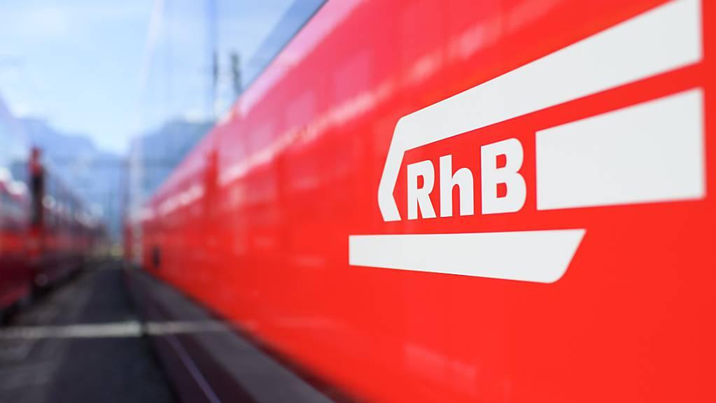 Wegen einer Fahrleitungsstörung war am Sonntagnachmittag der Bahnverkehr zwischen Landquart und Klosters Dorf eingeschränkt.