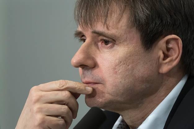 Er bekommt eine Abmahnung: Bernhard Burgener soll vom Delegierten in der AG nicht zum Präsidenten des Verwaltungsrats gewählt werden. Das kommt einem Misstrauensvotum gleich.
