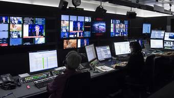 Alt-Bundesrat Moritz Leuenberger kritisiert in einer TV-Dok Ex-SRG-Generaldirektor Armin Walpen scharf.