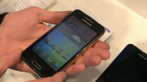 Neues vom «Mobile World Congress» - «Samsung Galaxy Beam» – Der handliche Beamer für Unterwegs