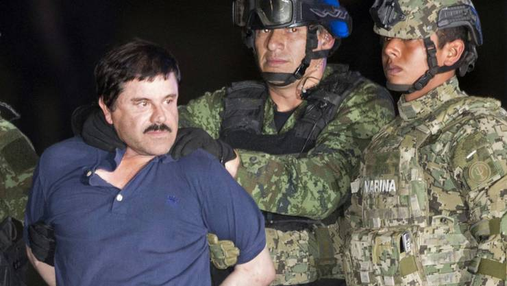 """Joaquin """"El Chapo"""" Guzman bei seiner jüngsten Verhaftung: Seither wird er im Gefängnis angeblich jede vierte Stunde geweckt."""