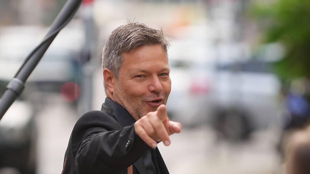 Deutscher Grünen-Chef Habeck: «Werden zuerst auf die FDP zugehen»