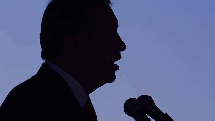An einer Militärparade in Nordzypern: der türkische Präsident Recep Tayyip Erdogan.