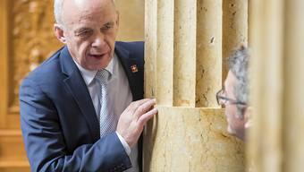 """Angeschwärzt respektive """"angegraut"""": Liechtenstein hat bei der EU interveniert und erreicht, dass die Schweiz auf der grauen Liste der Steueroasen gelandet ist. Im Bild: Finanzminister Ueli Maurer. (Archivbild)"""