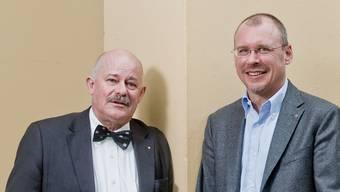 Der 63-jährige Unternehmer Robert Hilty (links) aus Rombach hatte an genau diesem Ort einen Herzstillstand. Der Aarauer Zahnarzt Matthias Schmid rettete ihm das Leben. Emanuel Freudiger