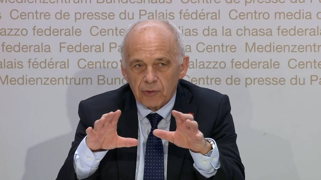 Ueli Maurer: «Wir stecken in der schwierigsten wirtschaftlichen Situation der letzten 50 Jahre.»
