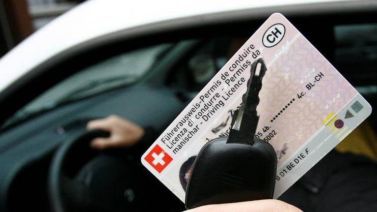 Der 18-jährige Kroate konnte den Führerausweis nach nur einem Tag wieder abgeben. (Symbolbild)