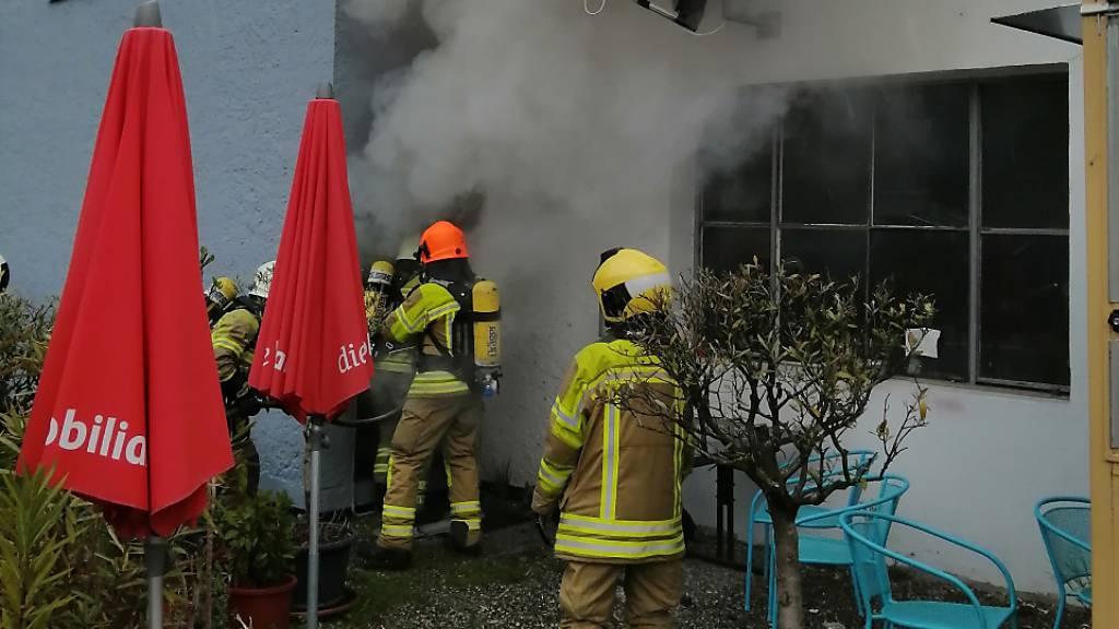 Brand fordert einen Verletzten