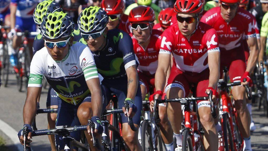 Leader Nairo Quintana (links) kontrolliert das Geschehen auf der vorletzten Etappe