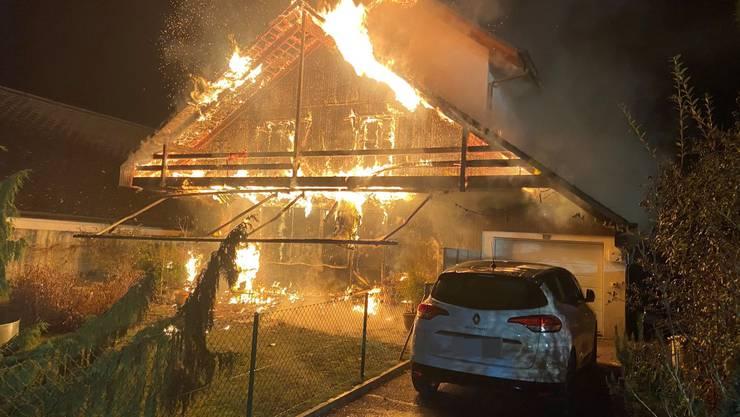 Dieses Einfamilienhaus in Buchs war vor den Flammen nicht mehr zu retten.
