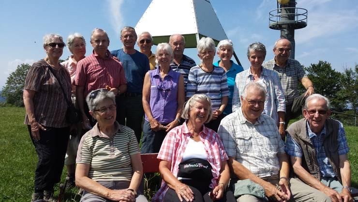Gruppenphoto des ehemaligen Pfadi- Elternrates St.Ulrich von Dietikon beim Hörnli 1122m