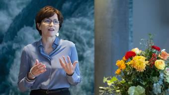 Sie will: Die Präsidentin der Grünen kündigt vor den Medien an, dass sie für den Bundesrat kandidiert.
