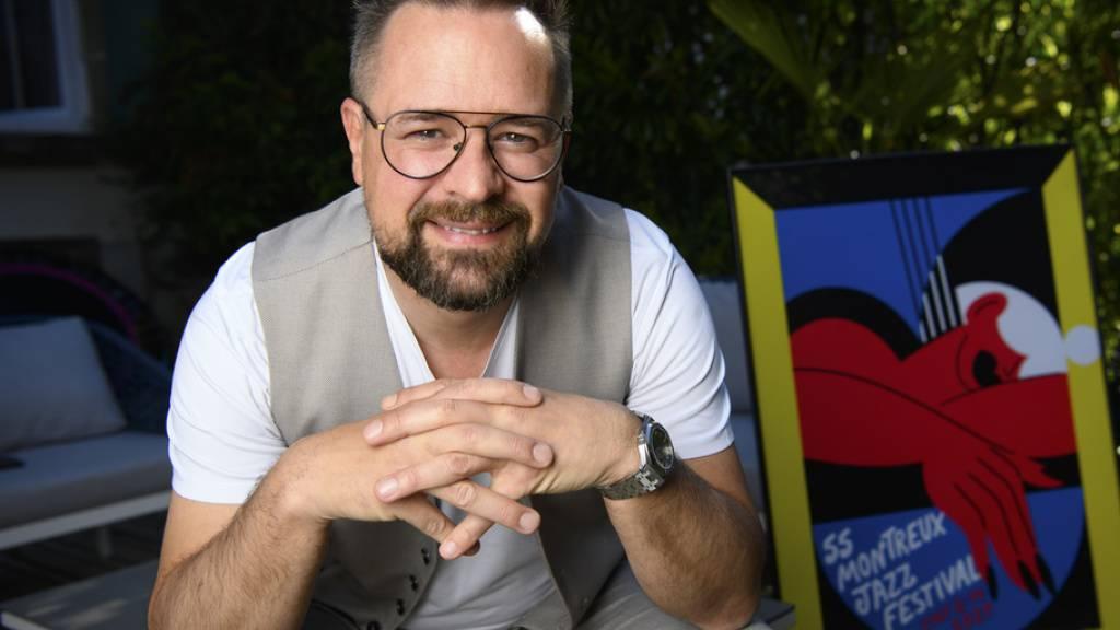 Mathieu Jaton, Direktor des Montreux Jazz Festival, will mit der kommenden Festivalausgabe, die im Juli unter Pandemiebedingungen stattfindet, zurück zu den Wurzeln: kleinerer Rahmen für die Konzerte und intime Atmosphäre.