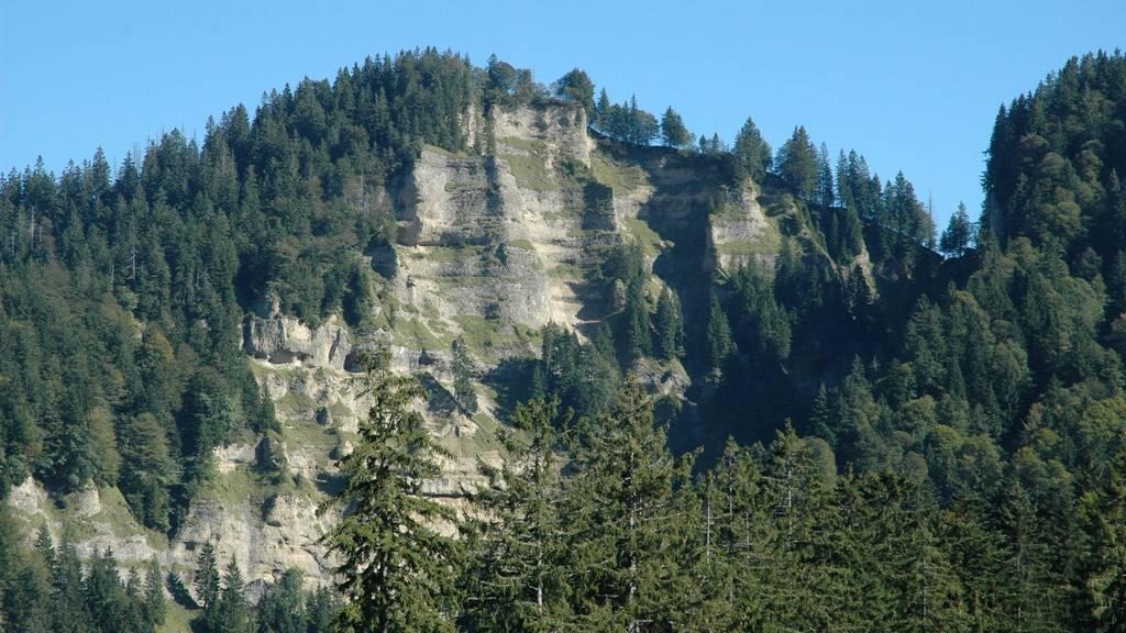 Das Unglück ereignete sich im steilen Gelände auf der Nordseite des Napfs. (Symbolbild)