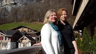 Sie suchen den in Lauterbrunnen (BE) verschwundenen US-Amerikaner Harrison Fast – Mutter Jane Fast und Cousine Cassie Carothers.