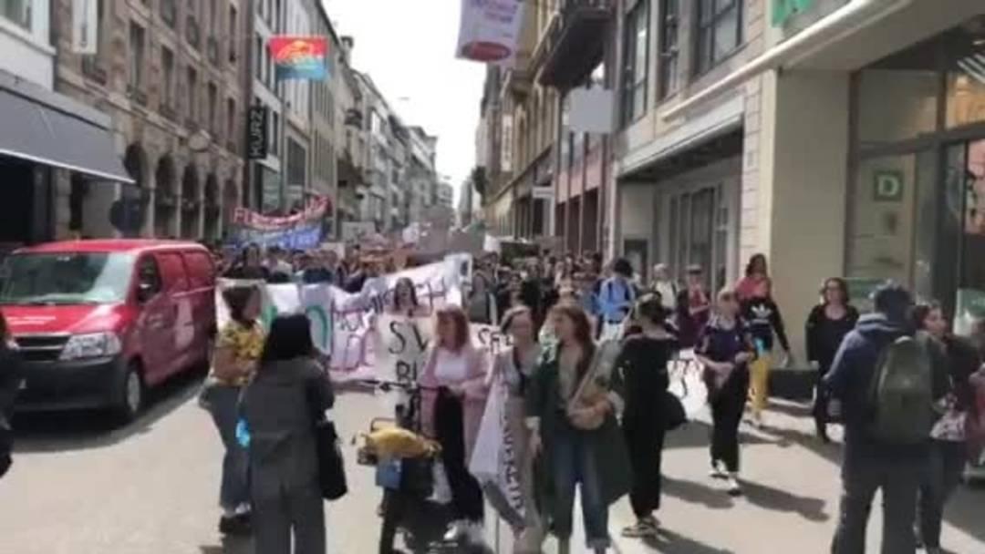 Klimademo in der Basler Innenstadt