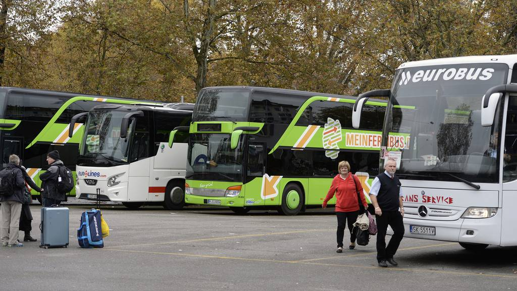 Anhörung zu Schweizer Fernbus-Anbieter beginnt