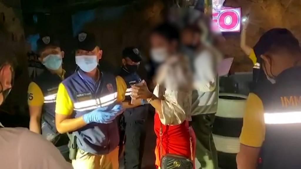 Bar-Razzia in Thailand: Polizei verhaftet Schweizer und weitere Ausländer