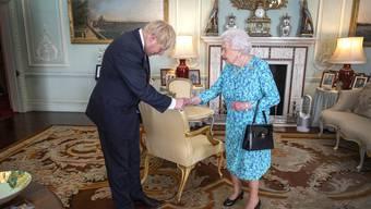 Hat Johnson die Queen belogen? Darüber entscheidet das Gericht. (Bild Keystone)