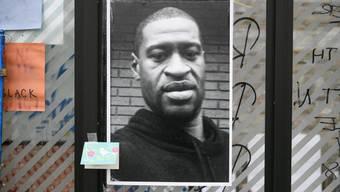 Der Tod von George Floyd bei einem Polizeieinsatz löste landesweite Proteste aus. (Bild: Keystone)