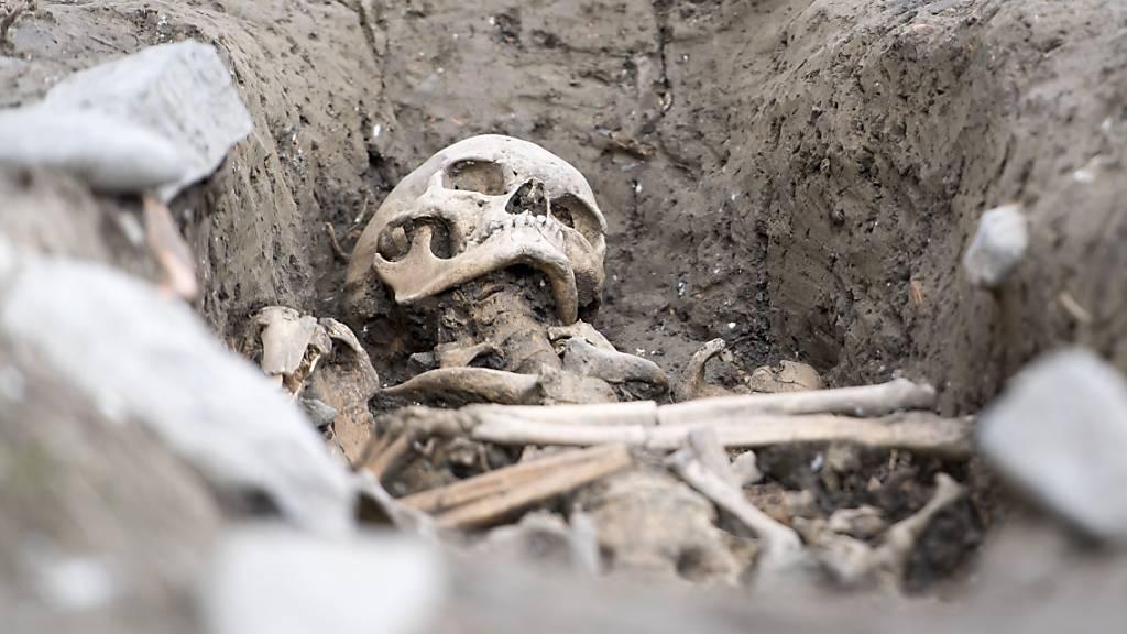 Frühmittelalterliche Begräbniskirche im Wallis freigelegt