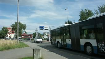 Die Limmattalbahn AG trägt der Kritik des VCS Kanton Zürich Rechnung: Die Kreuzung beim Dreispitz in Dietikon wird optimiert