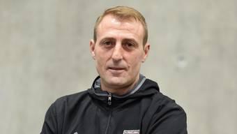 Imer Kryeziu trainiert die Mannschaft seit Sommer 2017, hat mir ihr den Aufstieg in die 2. Liga interregional geschafft.