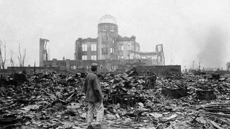 In den Ruinen von Hiroshima.