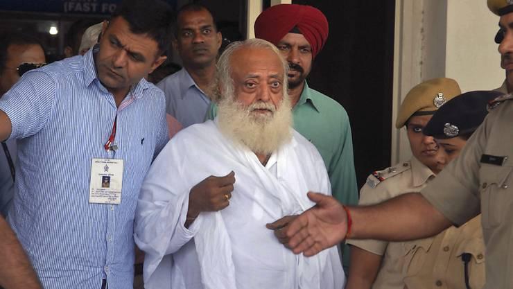Ein Fall unter vielen: Guru Asaram Bapu wurde wegen Vergewaltigung einer Anhängerin verurteilt. (Archivbild)