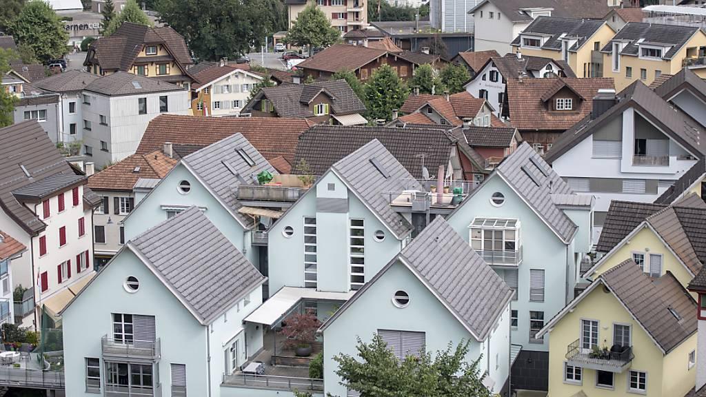 Im Kanton Obwalden, im Bild der Hauptort Sarnen, wurde das Energieförderprogramm 2020 rege in Anspruch genommen. (Archivaufnahnahme)
