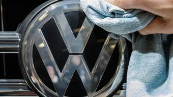 Mit Milliarden-Forderung abgeblitzt: Der deutsche Volkswagenkonzern kann im Abgas-Streit mit dem US-Bundesstaat Illinois einen juristischen Erfolg verbuchen.